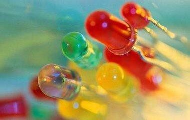 不同尺寸半导体纳米晶体 有助生产彩色发光二极管
